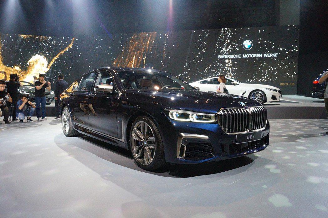 BMW M760Li xDrive。 記者趙駿宏/攝影