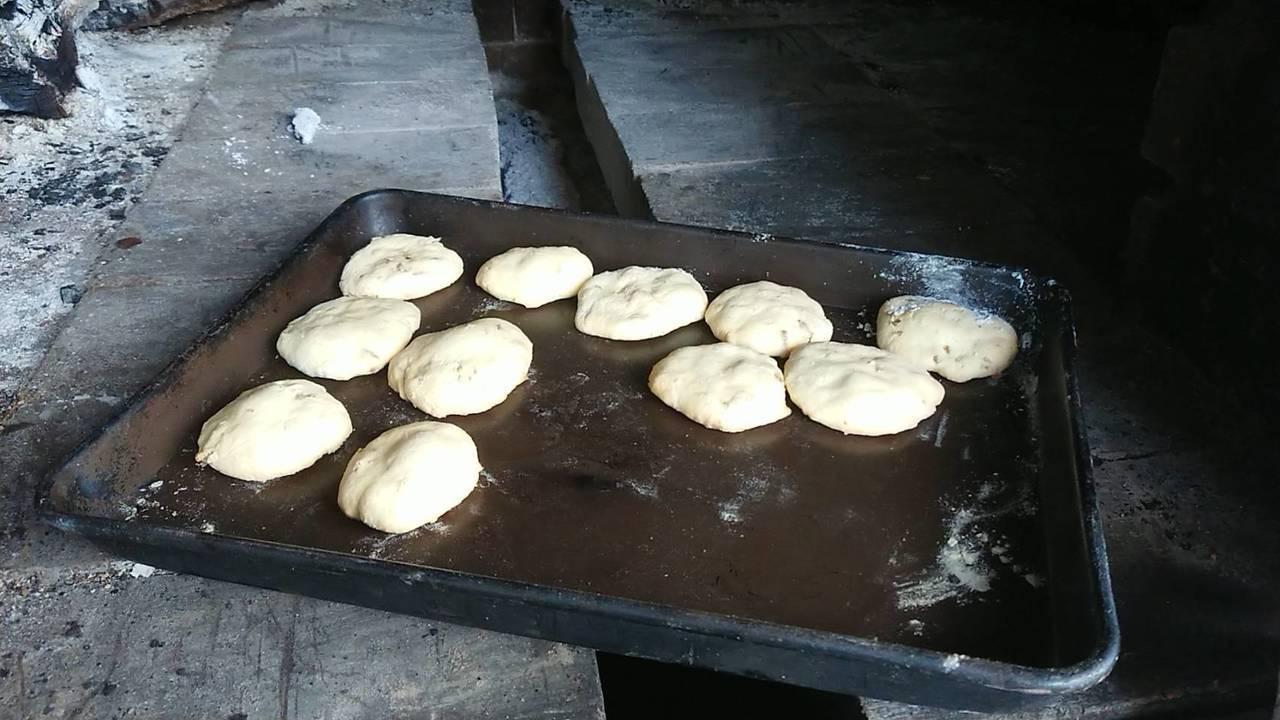 加入黑水虻烘烤的餅乾。記者卜敏正/攝影