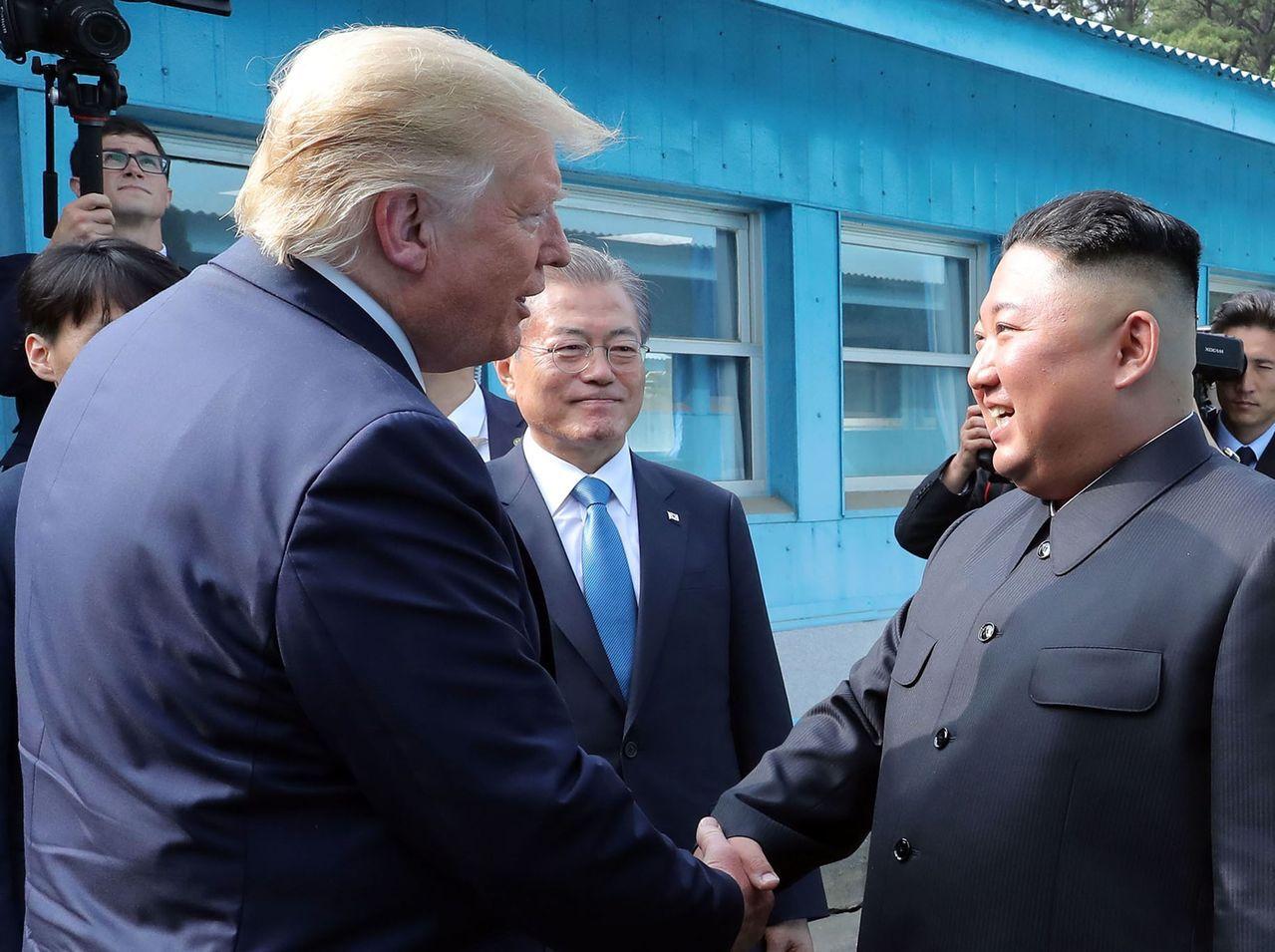 川普、文在寅與金正恩30日在非軍事區內相見。法新社