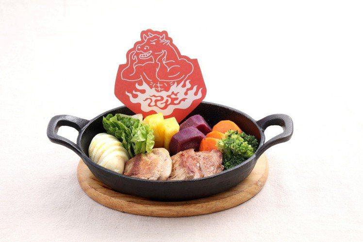獨家推出「纖体系套餐」,選用油脂含量低的菲力牛肉等,每客250元起。圖/鉄火牛排...