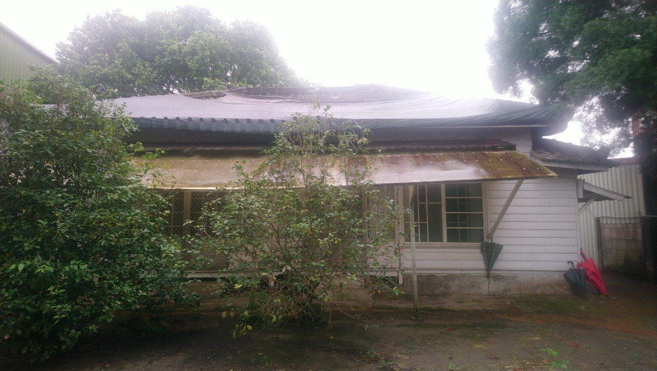 議員余筱菁認為,橫山分局長警官宿舍是純日式的造型,在新竹縣的日式屋舍保存上,實屬...