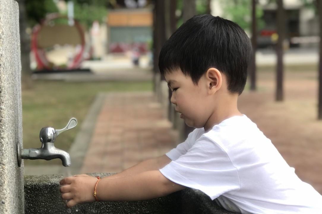 腸病毒疫情升溫,疾管署昨天公布國內新增一例14歲腸病毒併發重症病例。 圖/聯合報...