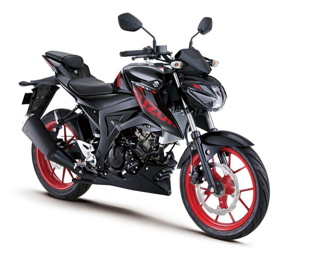 Suzuki GSX-S150 黑/紅。 圖/Suzuki提供