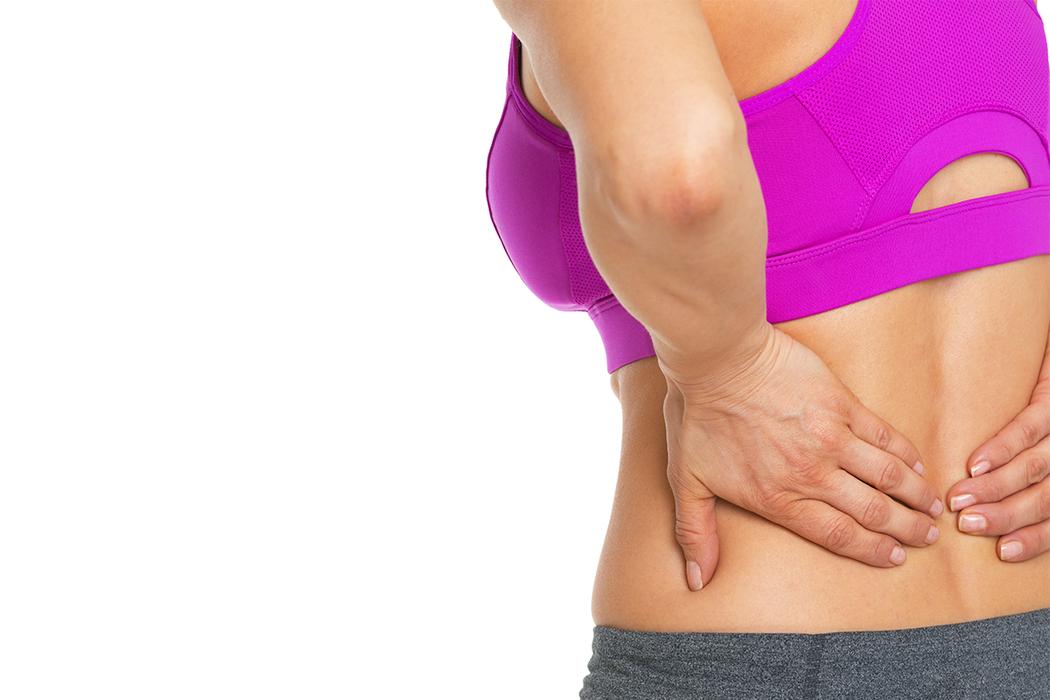 當脊椎長期姿勢不良、受力不均時,有可能造成椎間盤突出。 圖/ingimage
