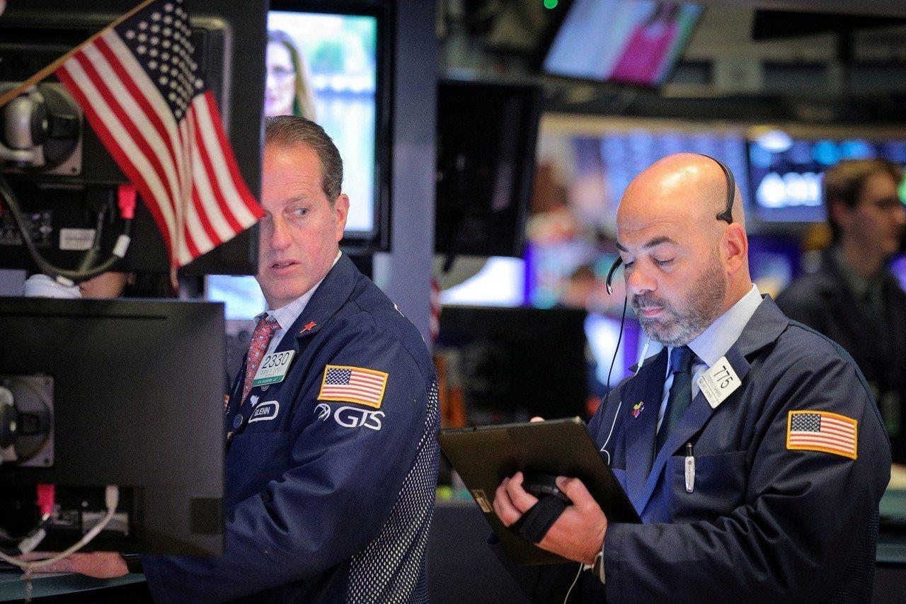 美中貿易戰休兵,助標普500指數周一創收盤新高。 路透