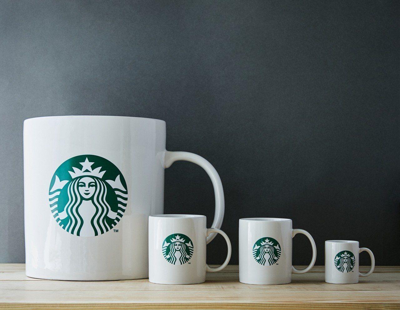 到底該買什麼杯的星巴克才是最划算,網友曝關鍵。示意圖。圖/星巴克提供