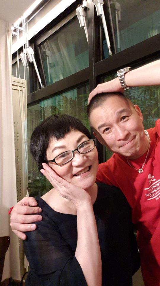 陳鎮川當年是小燕姐培養出來的製作人。圖/陳鎮川臉書