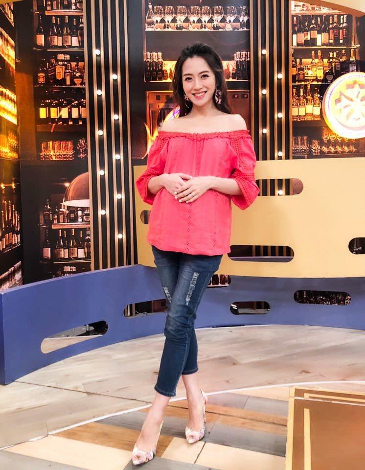 楊千霈抱怨曾國城差點壞了她的姻緣。圖/藝世代文化有限公司提供