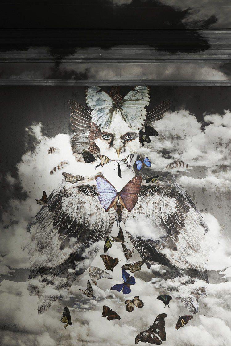來自藝術家佩妮.斯林格風水火土自然生物為主的創作。圖/DIOR提供