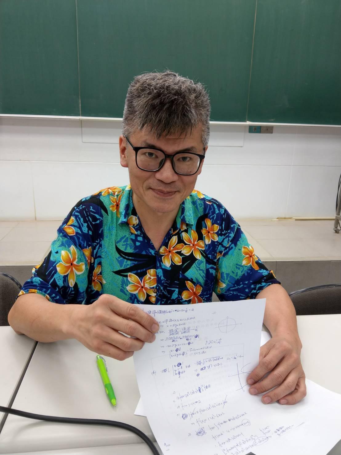 數學補教老師林名揚。記者張錦弘/攝影
