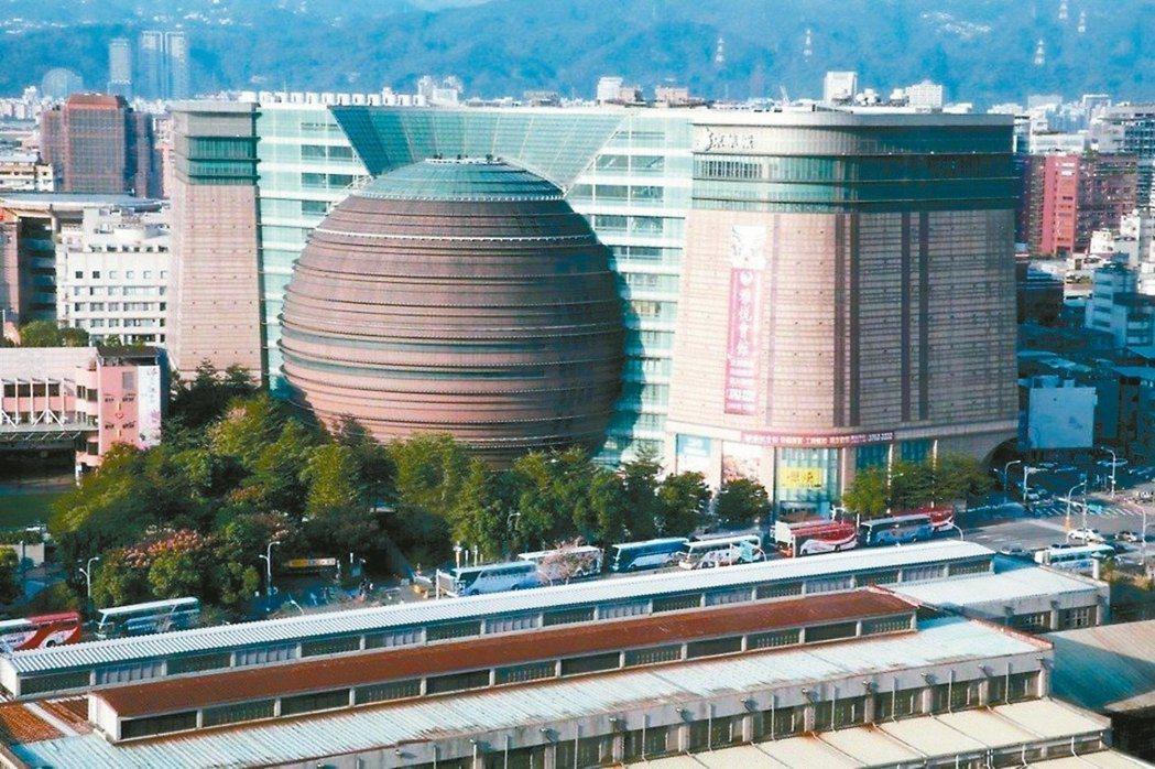 堪稱世紀標案的「京華城標售案」,至今已多次流標收場。 圖/聯合報系資料照片