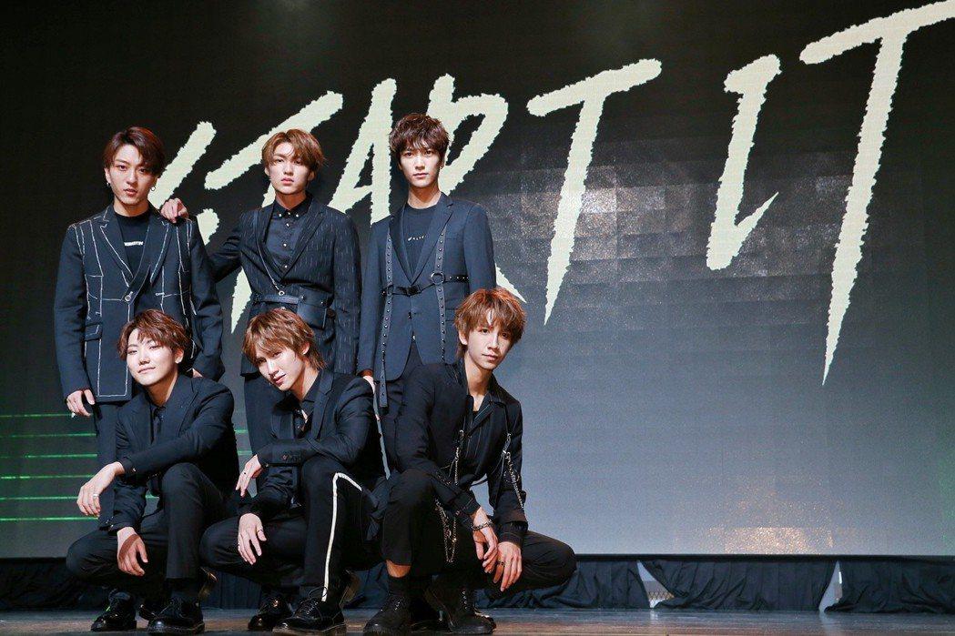 偶像組合C.T.O發表新專輯Start it,同時宣布將舉辦演唱會。記者曾原信/...