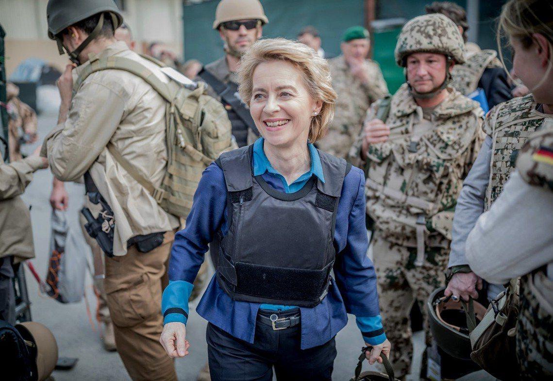 歐盟28國2日正式提名德國國防部長——烏蘇拉.馮德萊恩(Ursula von d...