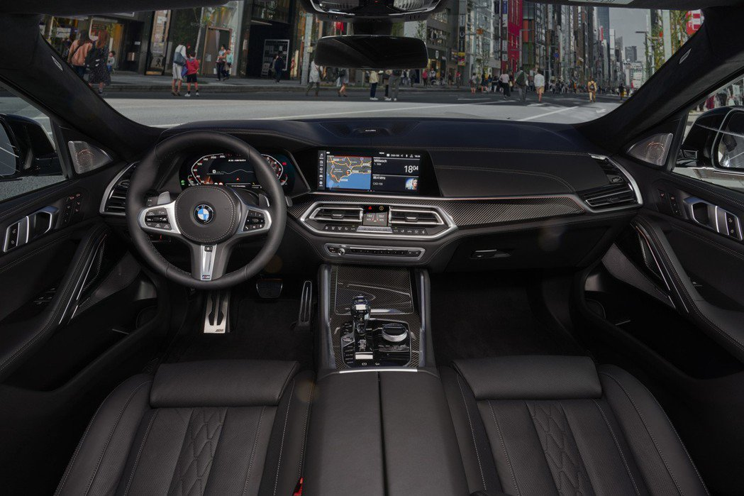 第三代BMW X6車室。 摘自BMW