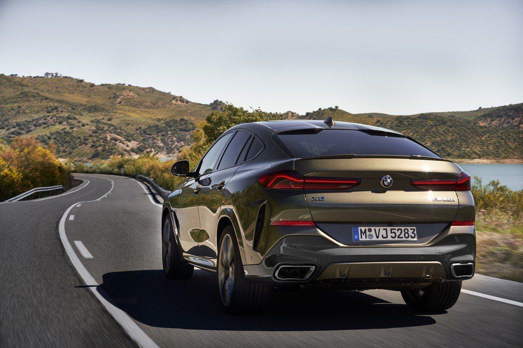 第三代BMW X6以M50i為動力最強的車型。 摘自BMW