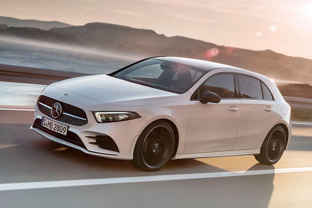 賓士A-Class未來將新增一款PHEV插電式複合動力車型並暫訂為A250e型號...