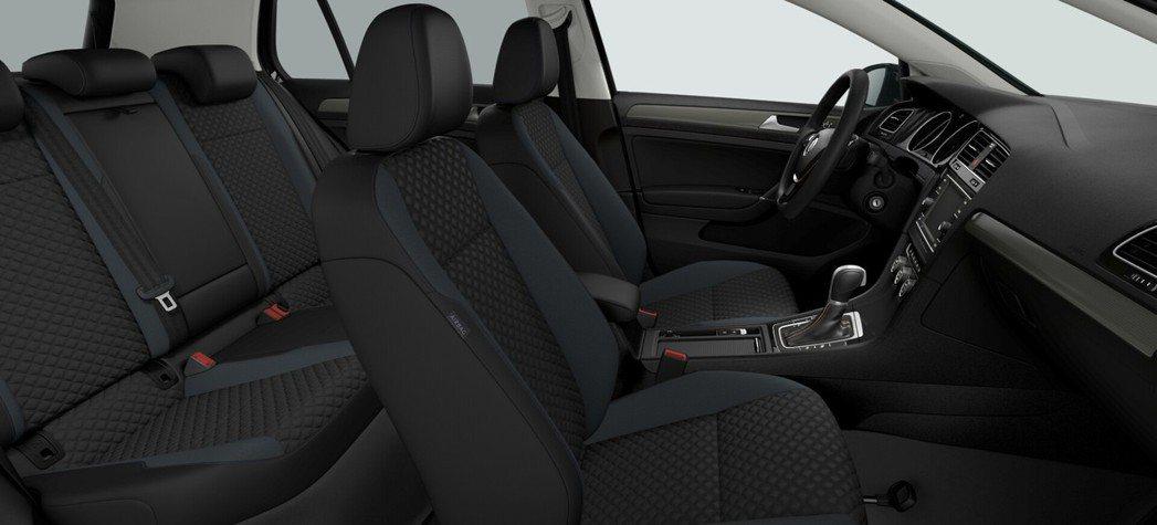 內裝搭載IQ.DRIVE智能特仕版專屬織布座椅。 圖/Volkswagen提供