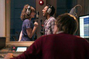 《靠譜歌王》:全世界都忘記「披頭四樂團」,有可能嗎?