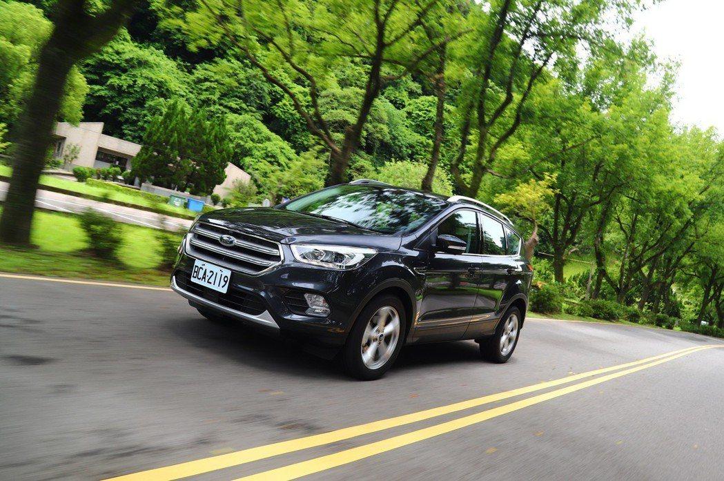 Ford Kuga的動力表現在同級車中名列前茅。 記者陳威任/攝影