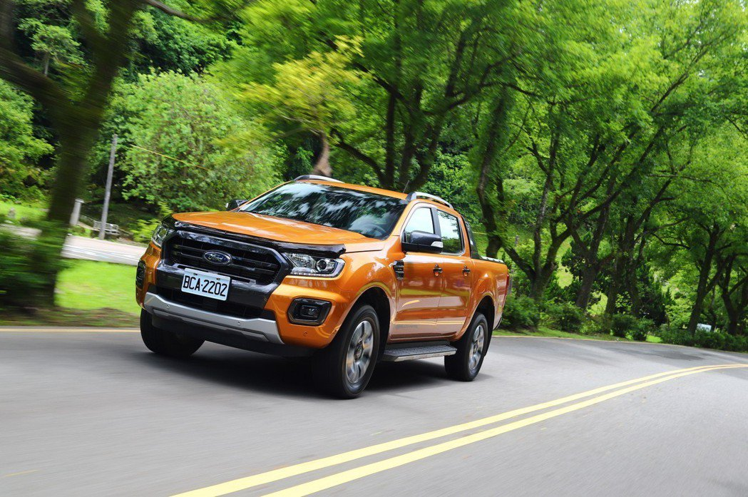 Ford Ranger可爆發出213ps最大馬力及充沛的51.0kgm峰值扭力。...