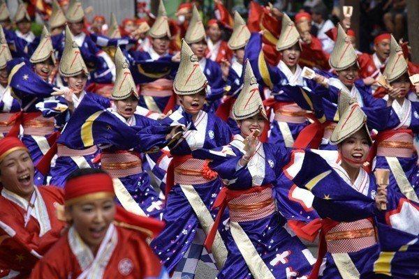 已經有約65年歷史的高知夜來祭,預計將於8月9日至12日舉行。圖/高知縣提供