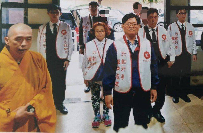 中華民國善願愛心協會協助一名在基隆死亡的男子後事,全程免送送終安奉,圖為檔案照。圖/中華民國善願愛心協會提供