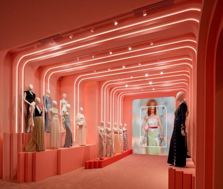 第七展間「燈光、攝影機、開拍」展現了路易威登的紅毯風華。圖/LV提供