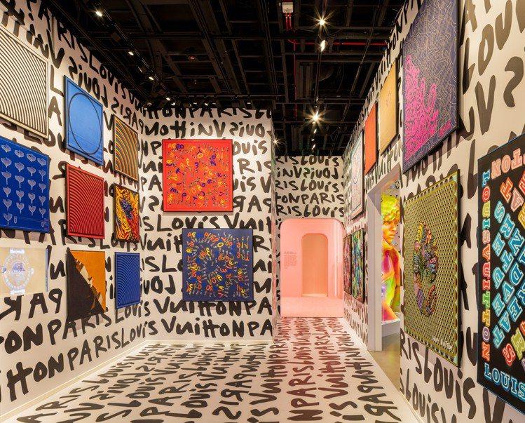 第五展間「絲綢的藝術」,主要是1980年代晚期,路易威登邀請藝術家在織品系列(T...