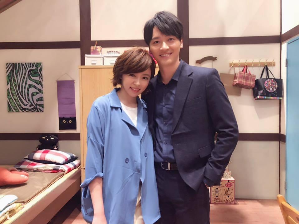 馬俊麟(右)與王瞳合作「大時代」。圖/摘自臉書