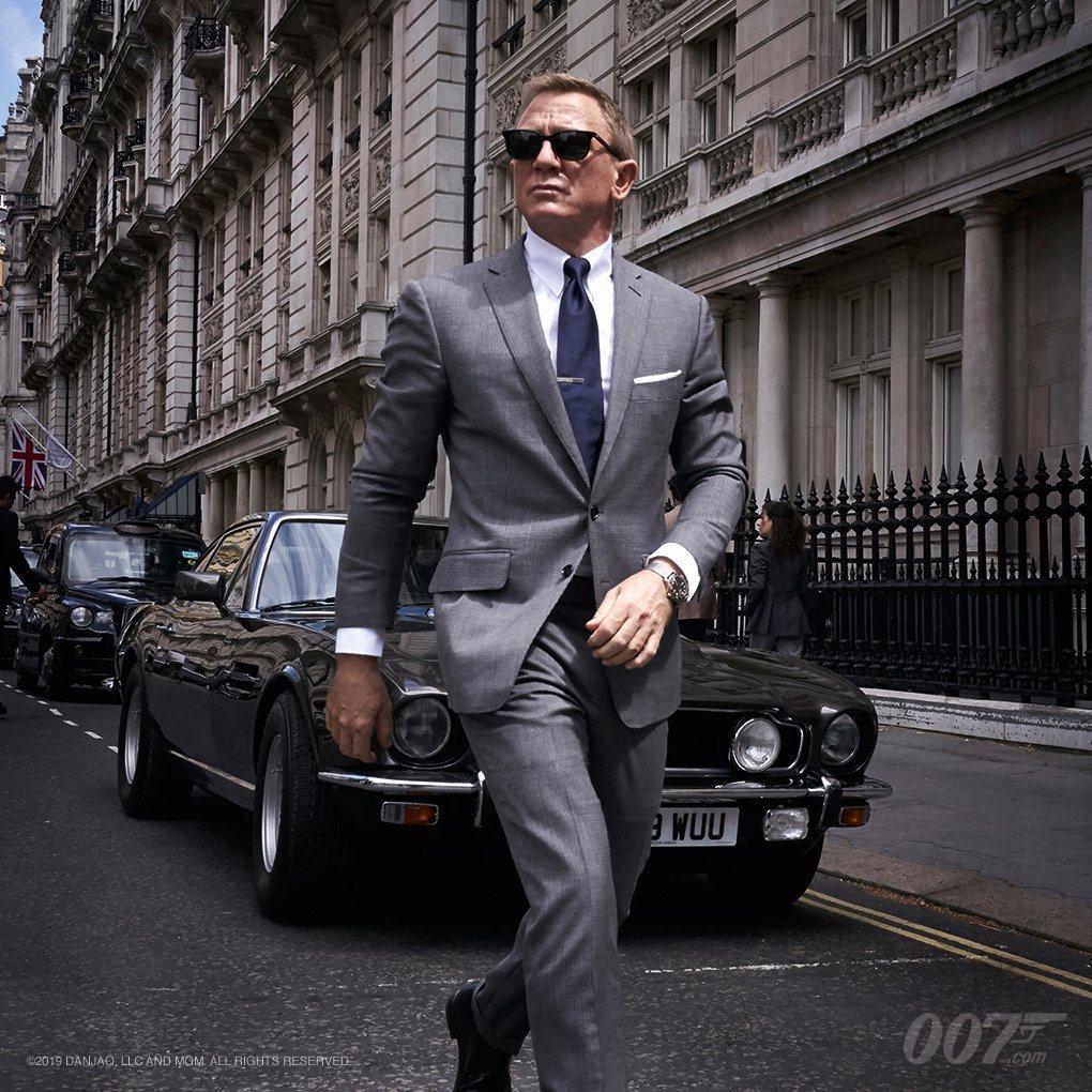 丹尼爾克雷格在「Bond 25」仍有西裝紳士的造型。圖/摘自twitter