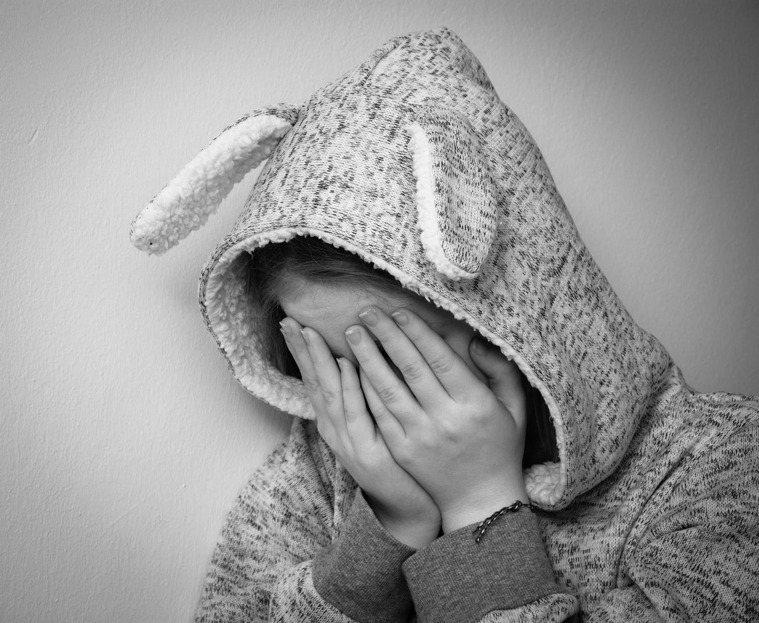 假裝跟對方有相同處境的方式安慰別人,只會讓人覺得你的安慰很強勢。圖/摘自pexe...