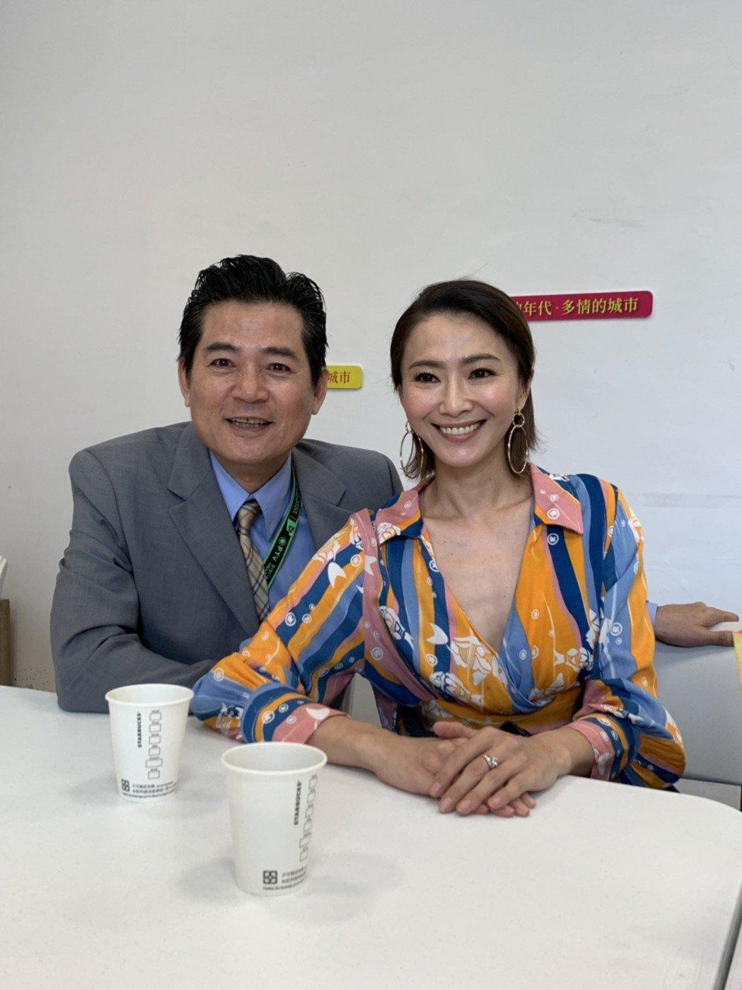 侯怡君蕭大陸合體為新戲宣傳。記者楊起鳳/攝影