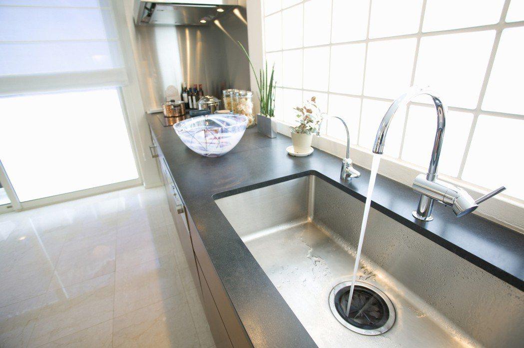 廚房的通風設計是多數人看房要點。圖/ingimage