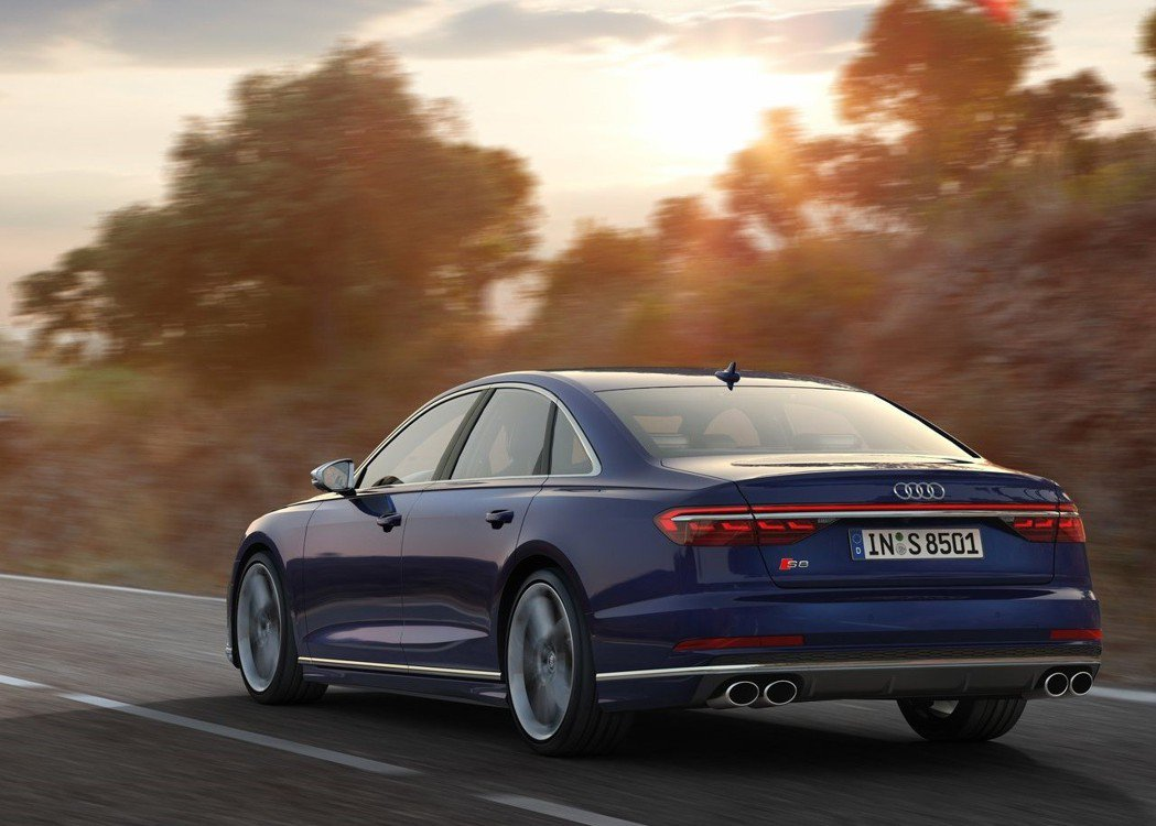 2020 Audi S8 運動化妝點更添性能旗艦風采。 摘自Audi