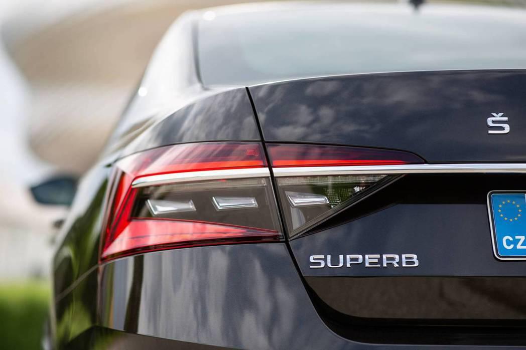 小改款ŠKODA Superb已正式發表。 摘自ŠKODA
