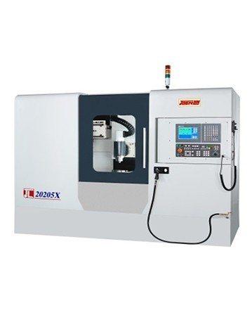 準力機械五軸銑磨複合機。 準力機械/提供