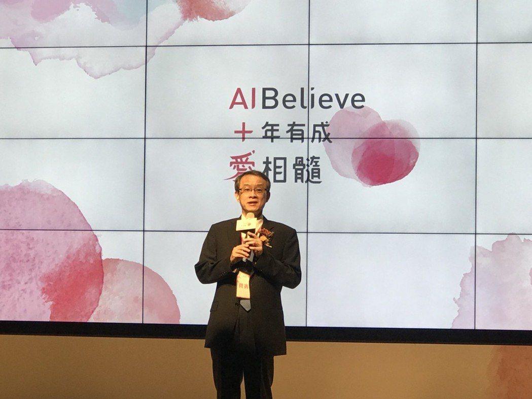 台成細胞中心主任唐季祿表示,台成細胞中心遷址至台大癌醫,有了新的病房與設備,他相...