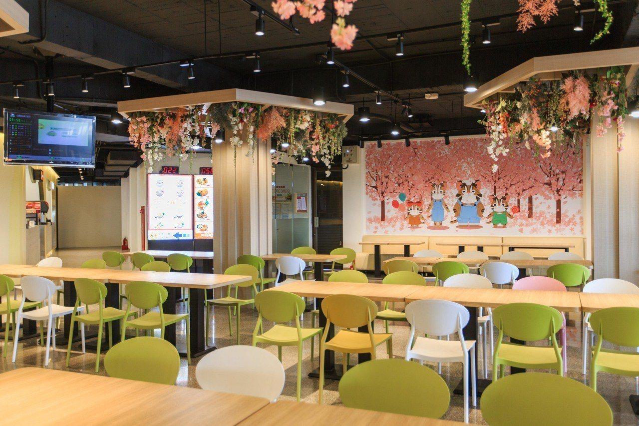泰安服務區提供寬敞的用餐環境。圖/統一超商提供