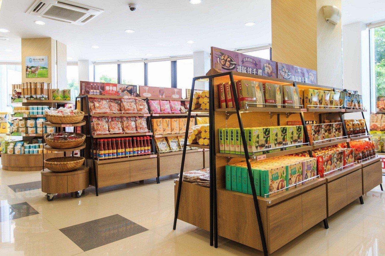 泰安商場引進餐飲、咖啡、速食、便利商店、伴手禮等多元類型的品牌櫃位。圖/統一超商...