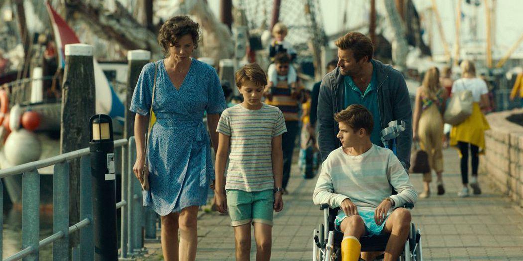 山姆在旅行中體會到家人的重要。圖/捷傑電影提供