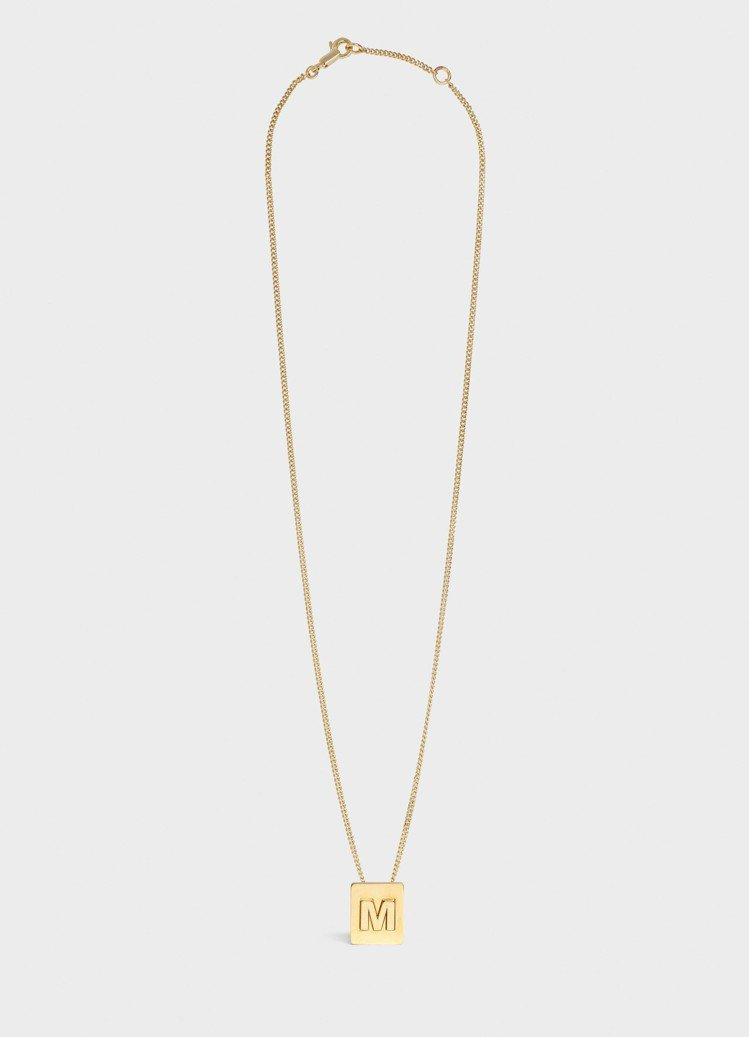 Alphabet字母M金色黃銅項鍊,售價15,000元。圖/CELINE BY ...