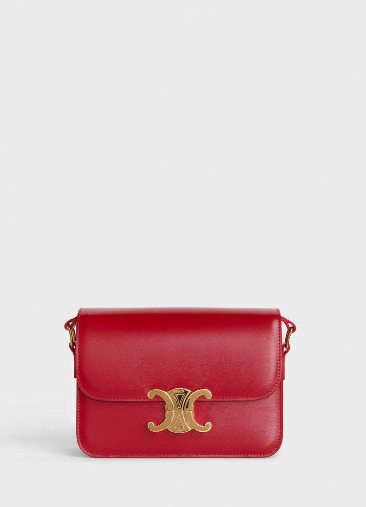 TRIOMPHE鮮紅色光滑小牛皮肩背包,售價10萬5,000元。圖/CELINE...