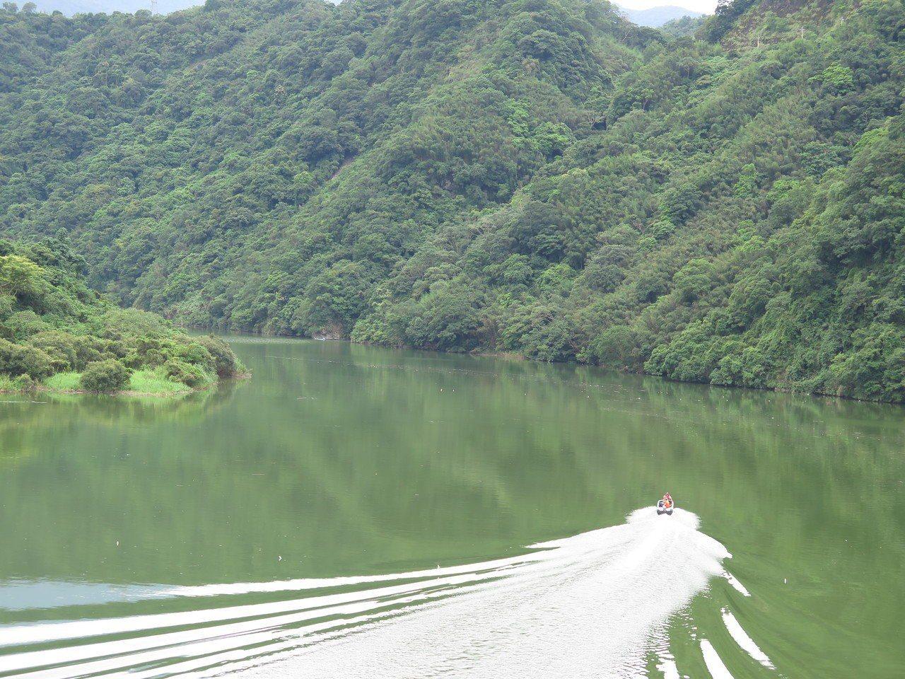 影/石門水庫新藍色公路 遊艇載你到新溪口吊橋