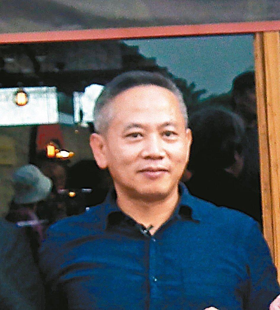 「台東書屋」創辦人陳俊朗(陳爸),昨天因身體不適送醫急救不治,享年五十五歲。 圖...