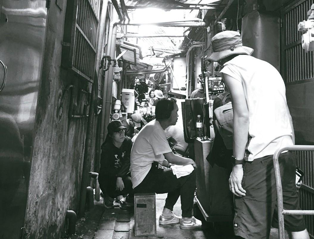 《亡命之途》吉林路防火巷拍攝現場。(圖/周震攝影)