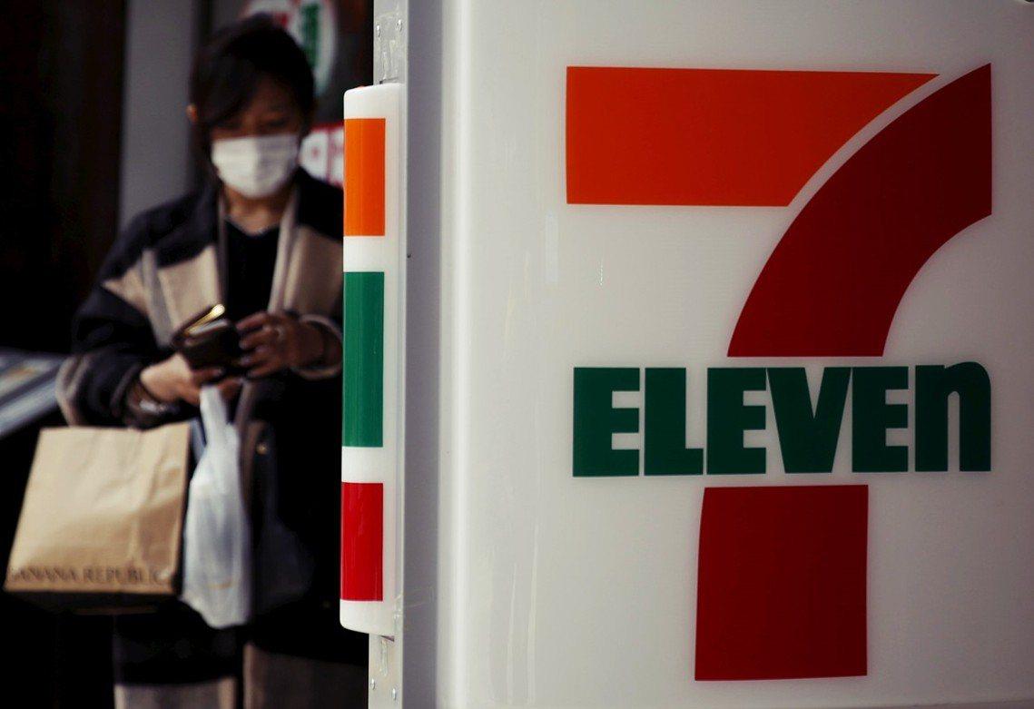 4日晚間,警視廳發布新聞表示,已循線在新宿的歌舞伎町逮捕了2名涉案的中國籍人士。...