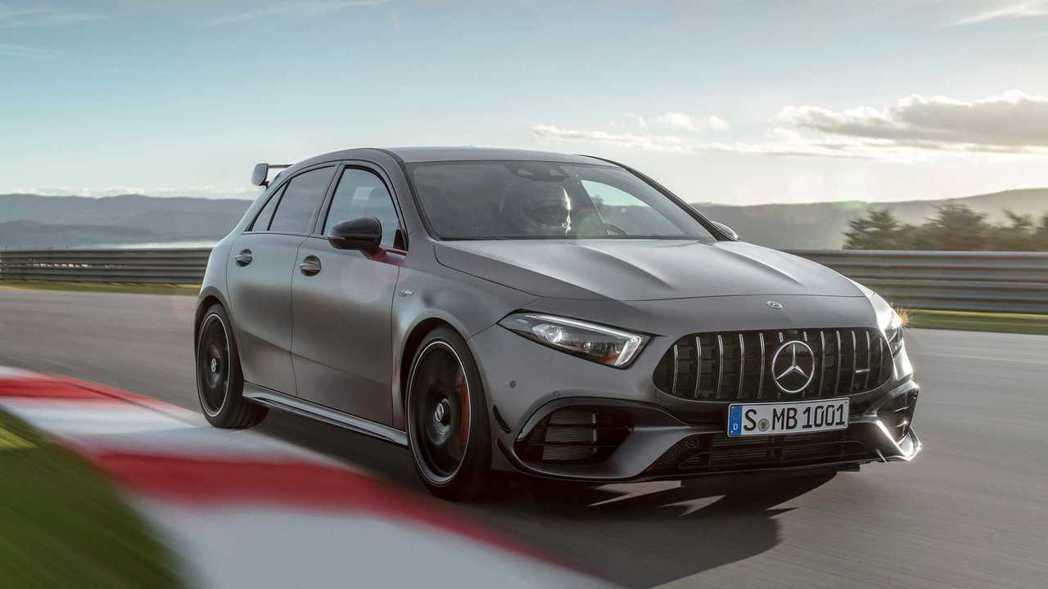新世代Mercedes-AMG A 45 4MATIC+ (圖為AMG A 45...
