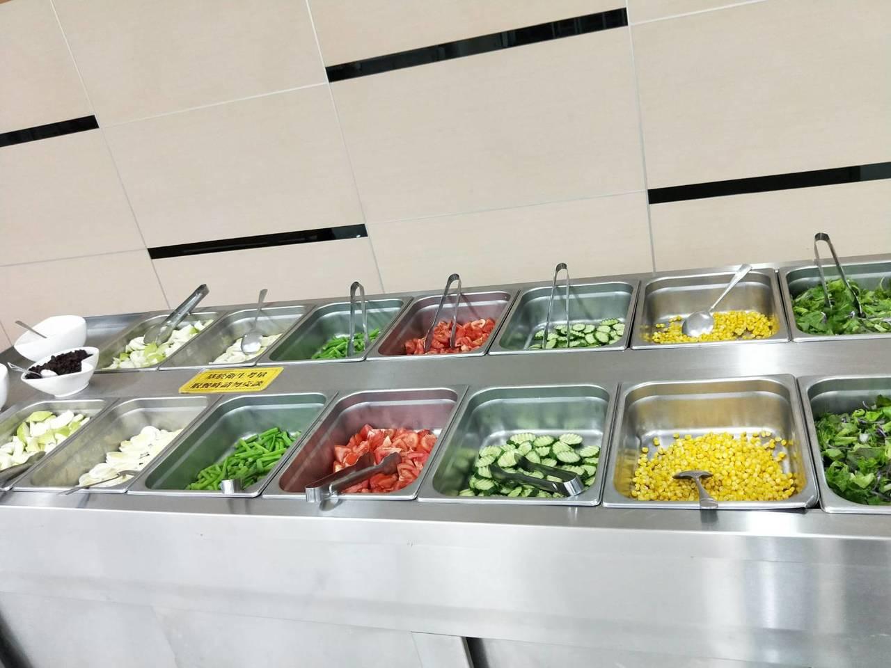 大成鋼餐廳採用有機蔬食 圖/大成鋼提供