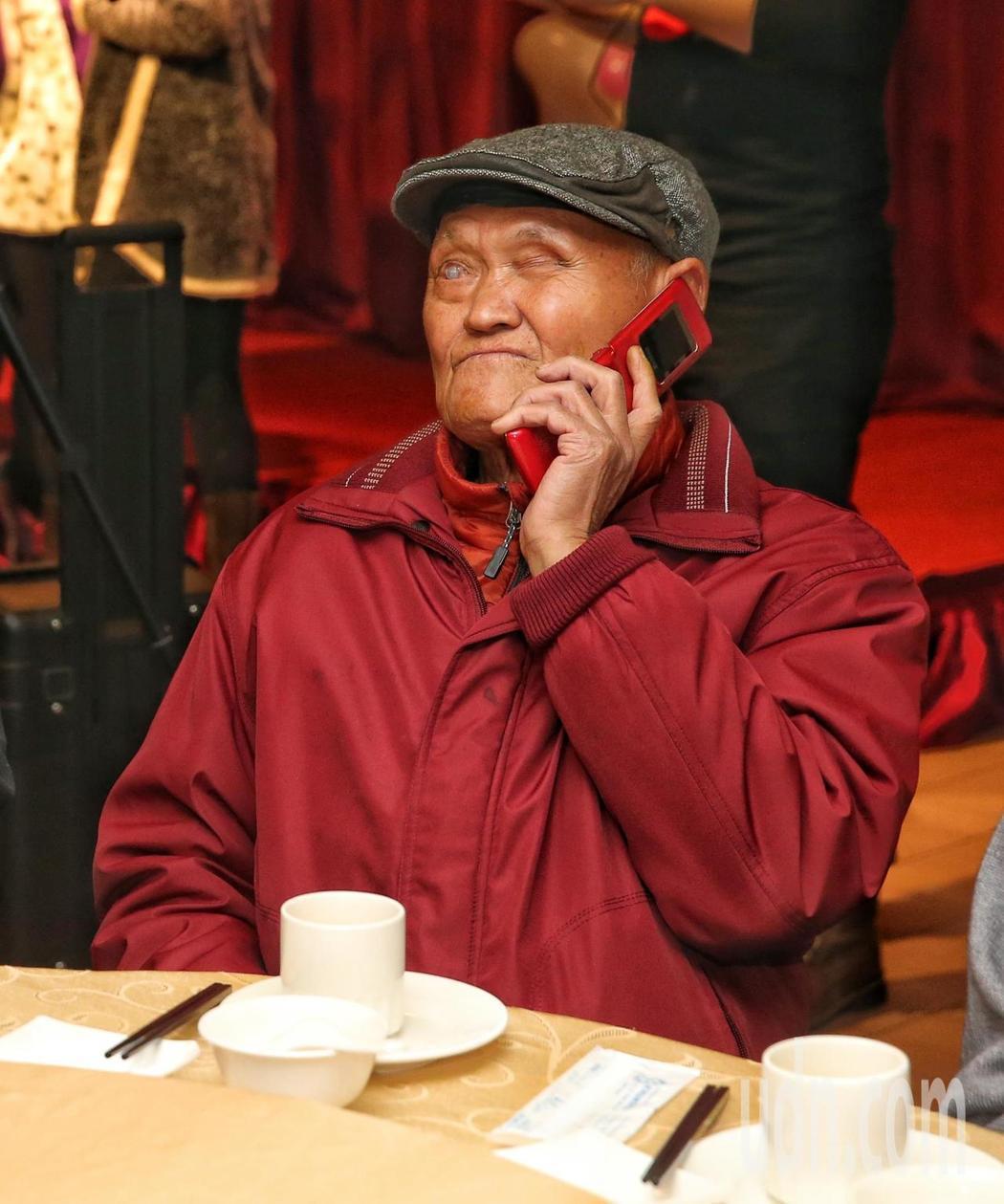 李炳輝在馬階醫院住院接受健康檢查。本報資料照