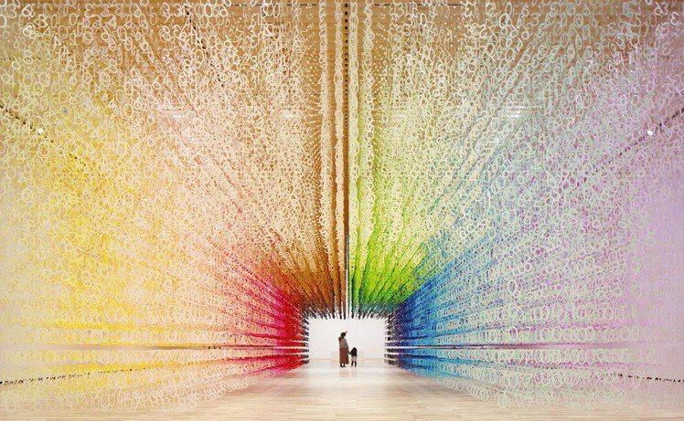 Emmanuelle Moureaux受富山縣立博物館邀請,展演紙張媒材的藝術創...